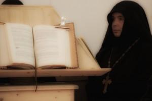 Soeur Elena Igoumène du monastère orthodoxe de Fontaine-Daniel
