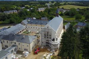 Une nouvelle église pour l'Église