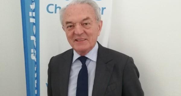 LES PARLEMENTAIRES MAYENNAIS : Jean ARTHUIS Député européen